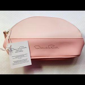 Oscar de la Renta cosmetic bag / Pink nude / new